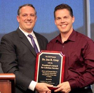 Chiropractor Jon Gray Award